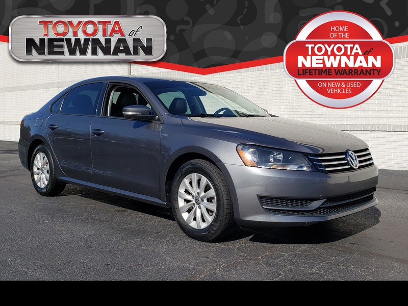 Pre-Owned 2014 VOLKSWAGEN PASSAT 4DR SDN 2.5L *LTD AVAIL*