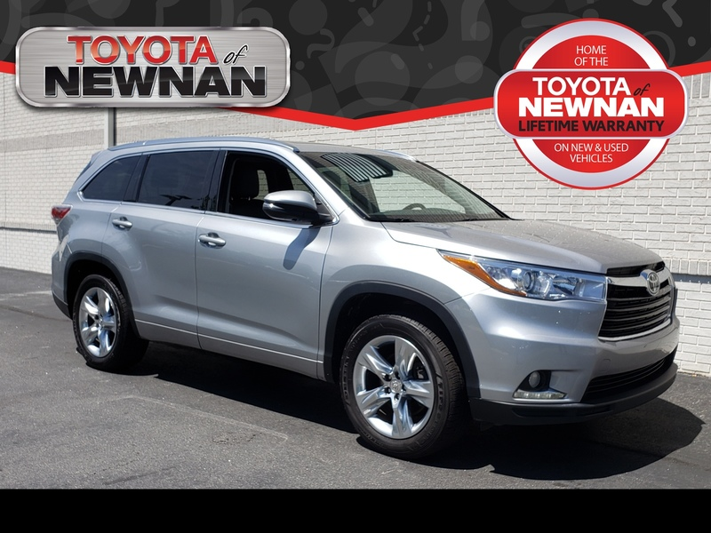 Pre-Owned 2015 TOYOTA HIGHLANDER FWD 4DR V6 LIMITED PLATINUM