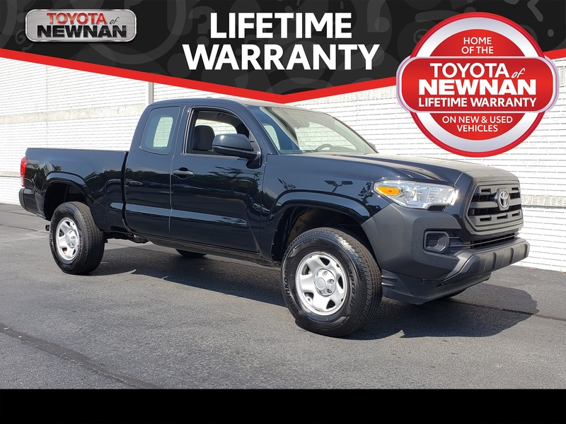 Pre-Owned 2017 TOYOTA TACOMA SR ACCESS CAB 6' BED I4 4X2 AT