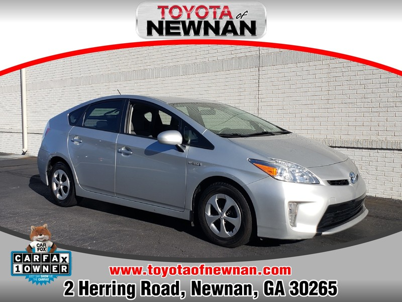 Pre-Owned 2014 TOYOTA PRIUS 5DR HB THREE