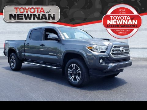 Pre-Owned 2017 TOYOTA TACOMA SR5 DOUBLE CAB 6' BED V6 4X2 AT