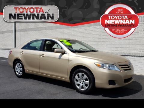 Pre Owned 2017 Toyota Camry 4dr Sdn I4 Man Le