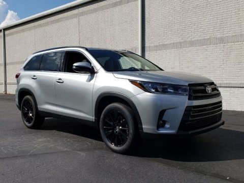 New 2019 Toyota Highlander SE V6