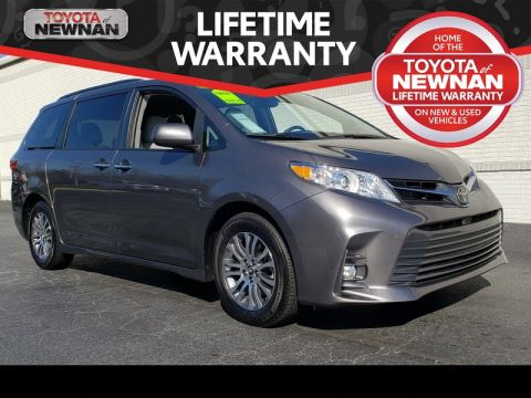 Pre-Owned 2020 TOYOTA SIENNA FWD