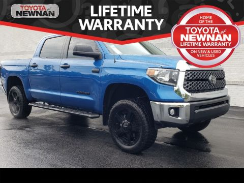 Pre-Owned 2018 TOYOTA TUNDRA SR5 CREWMAX 5.5' BED 5.7L FFV